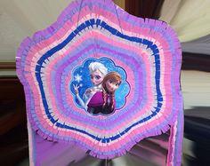 Piñata Castillo de congelados por BabalinaWorld en Etsy