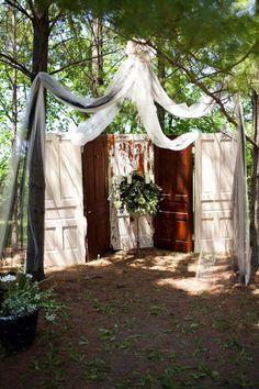 Diy Wedding Ceremony Backdrop Outdoor Old Doors 54 Ideas Woodsy Wedding, Diy Wedding, Wedding Events, Wedding Ceremony, Wedding Flowers, Dream Wedding, Wedding Ideas, Weddings, Wedding Stuff
