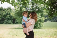 Family Maternity Pictures - Southern Made Blog