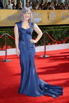 SAG Awards Red Carpet Best-Dressed Celebrities 2014: Kelly Osbourne channels old Hollywood in a royal blue Zac Posen gown and LoveGold jewelry.