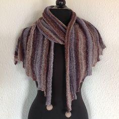 Step by Step Strikkekit fra www. Winter, Fashion, Velvet, Moda, Fashion Styles, Fashion Illustrations