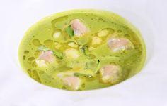 Berberechos sobre una ensalada licuada de Pepe Solla    Gastronomía & Cía