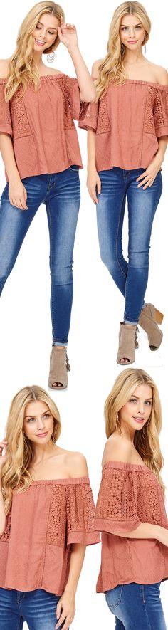 #ootn #ootdshare #ootd #womenfashion #style #womensfashion #womensclothing #shopping #shoppingonline #casualstyle #teenstyle  #shopping #womenswear #style #styleinspiration #styleoftheday #fallblouses #falltops #womenstops #blouses #floralblouse #floraltops #trendytops #trendy #blouse