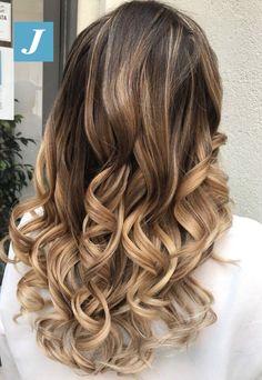 Your Personal Shades _ Degradé Joelle  #cdj #degradejoelle #tagliopuntearia #degradé #igers #musthave #hair #hairstyle #haircolour #longhair #ootd #hairfashion #madeinitaly #wellastudionyc