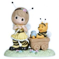 precious moments figurines -  Hunny Of A Day - Christopher Robin And Winnie The Pooh Age 1