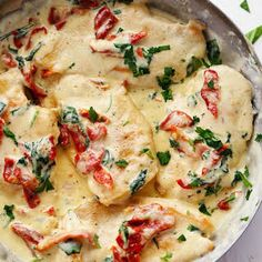 Creamy Tuscan Garlic Chicken has the most amazing creamy garlic sauce with spinach and sun dried tomatoes. This meal is a restaurant quality meal ready in 30 minutes! One more week left of school. On by doris No Calorie Foods, Low Calorie Recipes, Ketogenic Recipes, Diet Recipes, Cooking Recipes, Ketogenic Diet, Cooking Food, Easy Cooking, Healthy Mummy Recipes