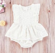 Stacey Vintage Lace Romper - NO SLEEVES Understated and elegant this sleeveless lace skirted romper is an heirloom dream! Vintage First Birthday, Baby Girl First Birthday, First Birthday Outfits, Birthday Tutu, Baby Fall Fashion, Fall Fashion 2016, Romper With Skirt, Lace Romper, Holiday Outfits