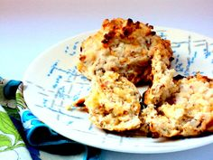 Easy Cheddar Bacon Biscuits