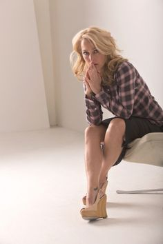 The Second Act of Gillian Anderson