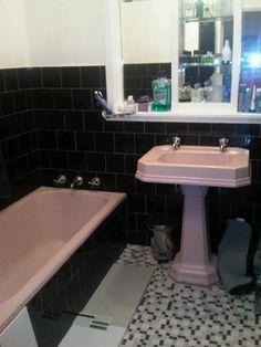 art deco bathroom - pink and black