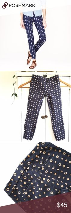 J. Crew Minnie pant in foulard J. Crew Minnie pant in foulard. Size 00, in great condition! Measurements coming soon! J. Crew Pants Ankle & Cropped