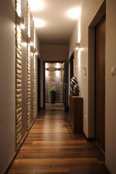 Tout pour dynamiser l\'espace du couloir | Couloir, Maison design ...
