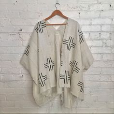 shop our one of a kind pieces lovingly crafted from handwoven vintage textiles. ikat, indigo, jamdani, shibori and more. Fashion Sewing, Kimono Fashion, Boho Fashion, Fashion Outfits, Womens Fashion, Work Casual, Casual Fall, Plaid Shirt Outfits, Linen Dresses