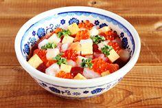 シリアルボウルで海鮮丼/ポーリッシュポタリー Fruit Salad, Salsa, Mexican, Ethnic Recipes, Food, Gravy, Salsa Music, Restaurant Salsa, Essen