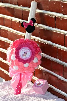 Lumanare botez...tematica Minnie Mouse... Minnie Mouse, Events, Disney Characters, Handmade, Diy, Bebe, Hand Made, Bricolage, Do It Yourself