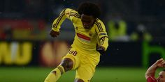 Struck Threatened Willian Chelsea, AVB Select the Mute - http://www.technologyka.com/sports/football/struck-threatened-willian-chelsea-avb-select-the-mute.php/7773764 -    Willian is competed Chelsea and Tottenham. © AFP     technologyka   – Manager Andre Villas-Boas   admitted to not knowing much about the hijacking plan  Chelsea  the main prey Tottenham  , Willian  .  the Brazilian real has undergone a medical at White Hart Lane on Wednesday to...