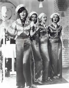 Ginger Rogers and her back-up singers (including Betty Grable, center) in Follow The Fleet (Mark Sandrich, 1936)
