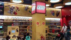 lojas conceito de brinquedos - Pesquisa Google