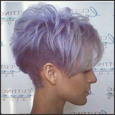 Großartig! Außergewöhnliche Frisuren mit außergewöhnlichen Farben ... #Frisuren #HairStyles