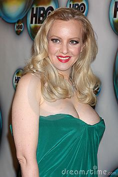 sexy hot Wendi McLendon-Covey and