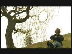 Andy Goldsworthy - Rivers and Tides partie 2 - Vidéo dailymotion Andy Goldsworthy, Artist Art, Artist At Work, Rivers And Tides, Nature Artists, Gifts For An Artist, Sculpture Art, Sculpture Ideas, Metal Sculptures