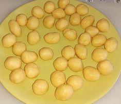 Prajitura nuci cu crema in forma de nuci   Retete culinare gustoase Eggs, Potatoes, Vegetables, Breakfast, Food, Morning Coffee, Potato, Essen, Egg