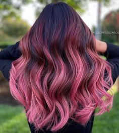 Pink And Black Hair, Pink Ombre Hair, Hair Color Pink, Hair Dye Colors, Hair Color For Black Hair, Cool Hair Color, Love Hair, Long Pink Hair, Hair Color Streaks