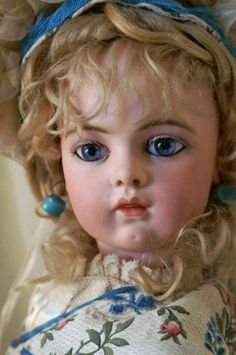 Antique French doll by Bru Jne. et Cie.