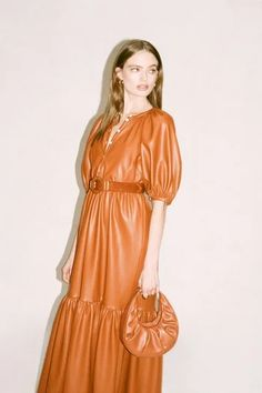 Staud Fall 2020 Ready-to-Wear Collection - Vogue Vogue Paris, Beloved Clothing, Poplin Dress, Leather Dresses, Fashion Show Collection, Models, Mannequins, Fashion 2020, Prep Fashion
