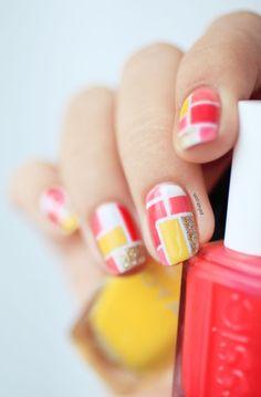Coucou les filles,  Vous aimez les manucures originales, personnalisées à votre image ? Optez pour le nail art géométrique. Des motifs cools, faciles à
