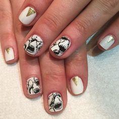 @allieee.allieee's shark nails