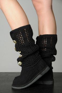 Crochet Cardigan Boots - *Unbelievable Inspiration* <3 these!!