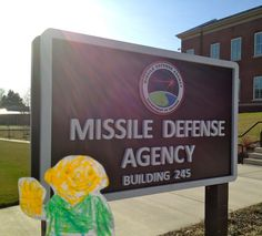Because Uncle Ian is in the Army, Flat Stanley visited lots of military agencies around Washington, D.C.