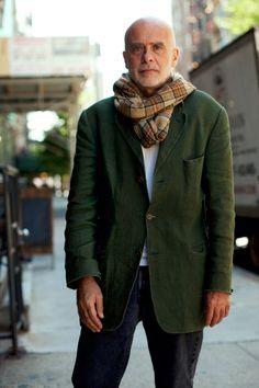 """Francesco Clemente. C'est lui qui a peint les toiles de Finn dans le film """"Great expectations""""..."""
