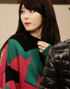 HyunA Wonder Girls Members, Kim Hyuna, Mannequin, Asian Woman, Asian Beauty, Rapper, Turtle Neck, Actresses, Sexy