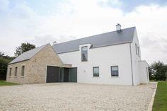 Modern Bungalow House, Bungalow Exterior, Rural House, Modern Farmhouse Exterior, Building Design, Building A House, House Designs Ireland, House Outside Design, Farmhouse Renovation