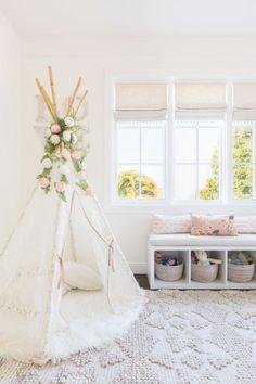 Beautiful Tween Bedroom Decorating Ideas for Girls (61)