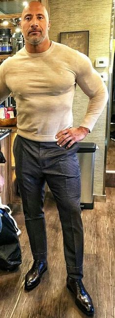 : My Tight outfit The Rock Dwayne Johnson, Rock Johnson, Dwayne The Rock, Mens Fashion Wear, Gq Fashion, Dwyane Johnson, Wwe The Rock, Tights Outfit, Sharp Dressed Man