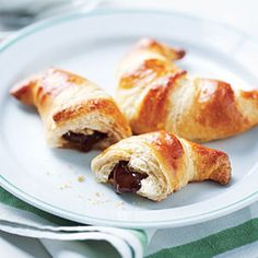 having a major craving for these right now! chocolate infused crossiants. yummy!
