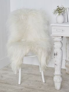 Part of our new Nordic sheepskin collection, our beautiful long wool rugs are made from the most luxuriously soft natural Icelandic sheepskin.