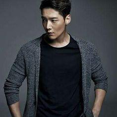 Choi Jin-Hyuk is back! Dragon Heart, G Dragon, Fated To Love You, Emergency Couple, Big Bang Top, Gu Family Books, Daniel Henney, Choi Jin Hyuk, Korean Face