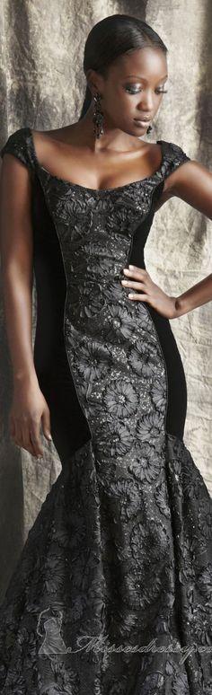 Elegant long dress by Theia #black