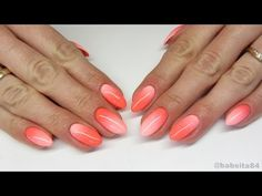 Coral manicure - fashion news and trends 2019 Moon Manicure, Gel Polish Manicure, Shellac, Gradient Nails, Coral Nails, Short Gel Nails, Long Nails, Coral Color, Coral Pink