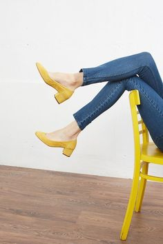 Fashionable Yellow Shoes from 22 of the Of The Best Yellow Shoes collection is the most trending shoes fashion this winter. This Of The Best Yellow Shoes look was carefully discovered by our… Buy Shoes, Me Too Shoes, Women's Shoes, Shoes Sneakers, Shoes Style, Yellow Shoes Outfit, Yellow Shoes Heels, Look Fashion, Fashion Shoes