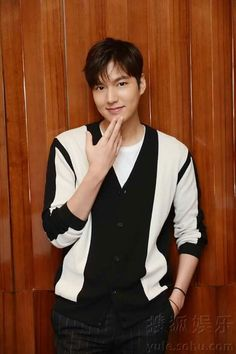 Image about beautiful in Lee Min Ho by سوزان on We Heart It Lee Min Ho, Jung So Min, Kim Go Eun, Hallyu Star, Actors Images, Kpop, Actor Model, Best Actor, Minho