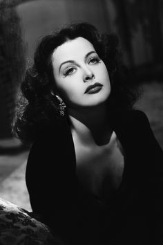 In Photos: Hedy Lamarr's Old Hollywood Glamour 13 vintage photos of Old Hollywood icon Hedy Lamarr: Viejo Hollywood, Hollywood Icons, Old Hollywood Glamour, Golden Age Of Hollywood, Vintage Glamour, Vintage Hollywood, Hollywood Stars, Vintage Beauty, Hollywood Actresses