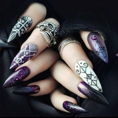 The Best Nail Art Designs – Your Beautiful Nails Fancy Nails, Cute Nails, Pretty Nails, Cute Acrylic Nail Designs, Cute Acrylic Nails, Nail Art Diy, Diy Nails, Witch Nails, Halloween Acrylic Nails
