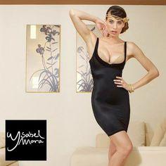 Brilla con luz propia y desprende toda tu magia y sensualidad con este vestido reductor de la nueva colección de interiores y reductoras de Ysabel Mora.