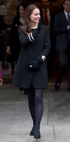 Kate Middleton czarne rajstopy