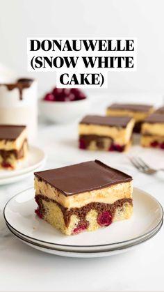 Baking Recipes, Cake Recipes, Dessert Recipes, Cheesecake Desserts, Chocolate Glaze, Melting Chocolate, Food Cakes, Cupcake Cakes, Bolo Original